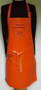 tablier orange cochi